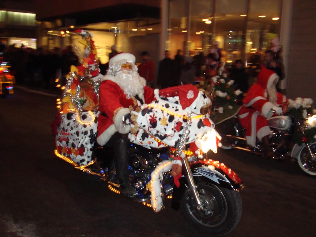 025 Santas on Harleys