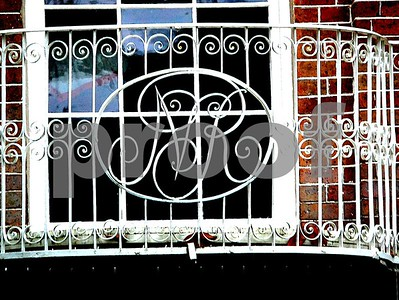 Charleston is well known for it's abundant use of wrought iron elements in the homes & buildings - from the Nathanial Russell home.