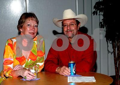 Tranna & Steve Estes - our Mustang buddies.