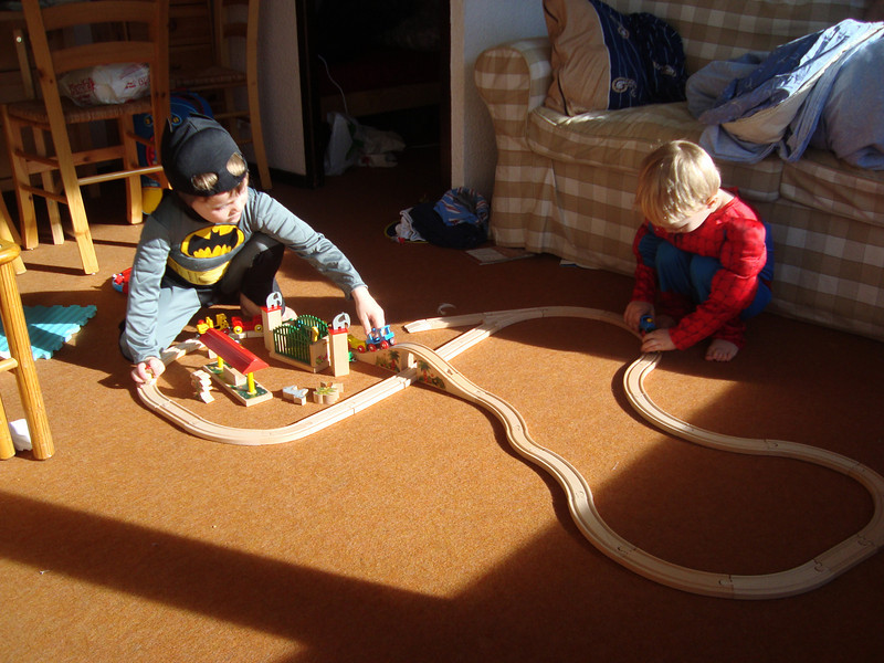 004 Train Set Fun