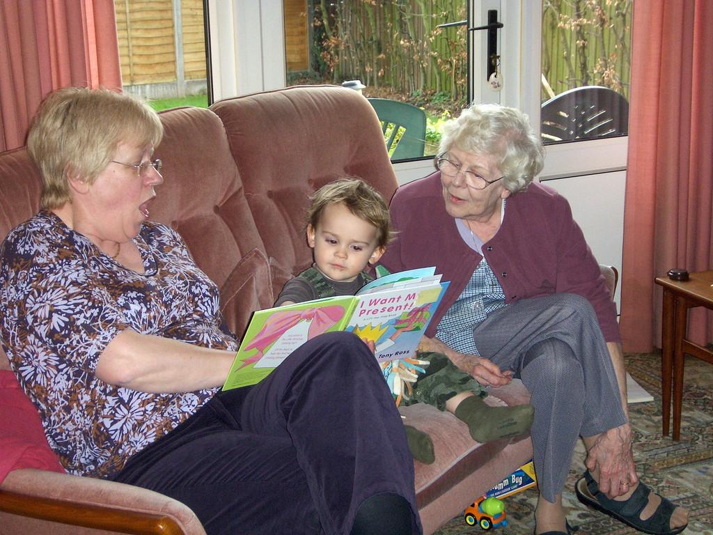 Christine popped over for a visit & Jack enjoyed storytime