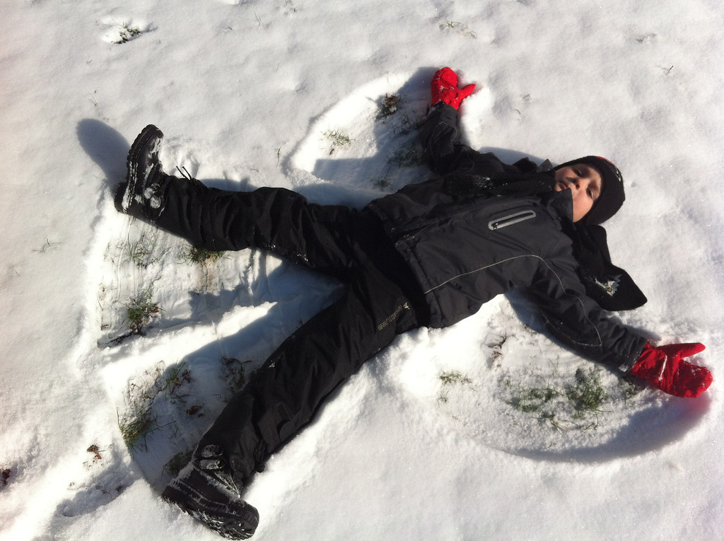 015 More Snow Angels