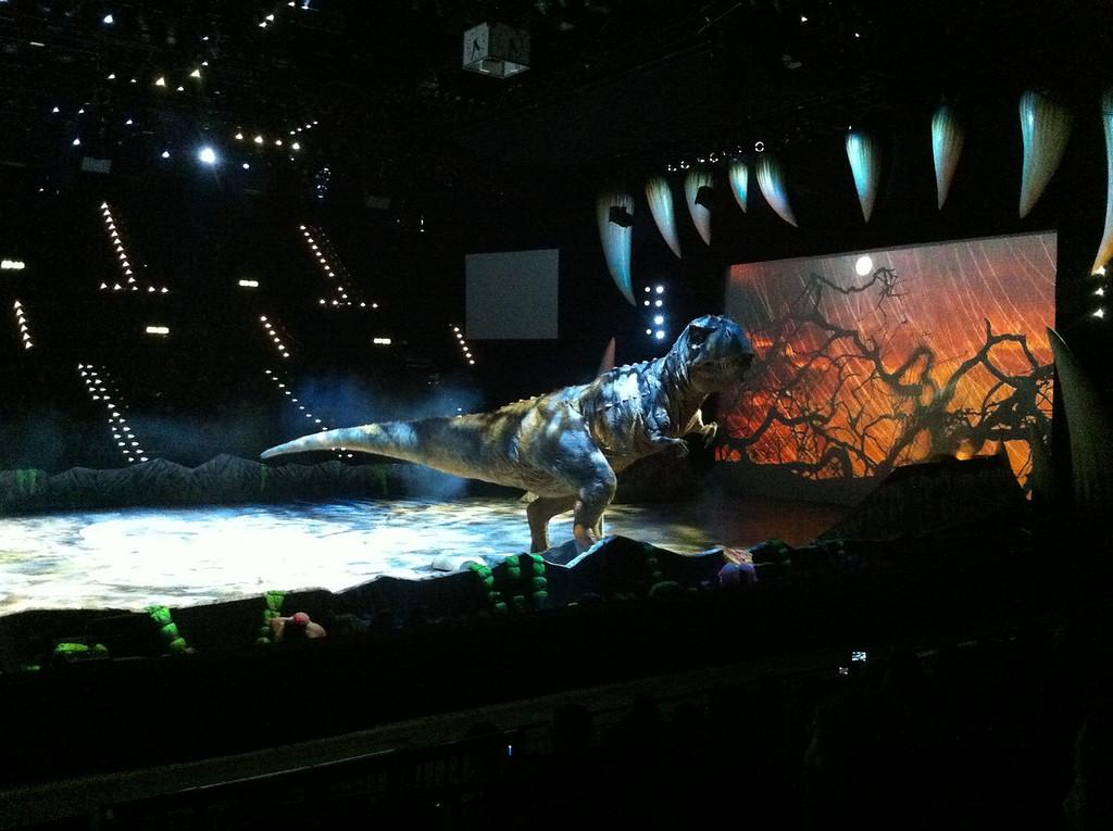 032 T-Rex