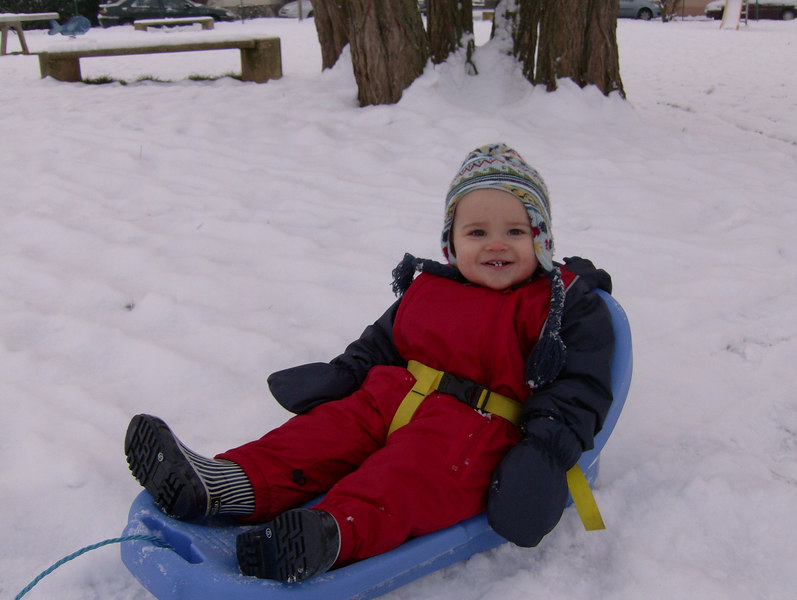 047 Sledging with Daddy