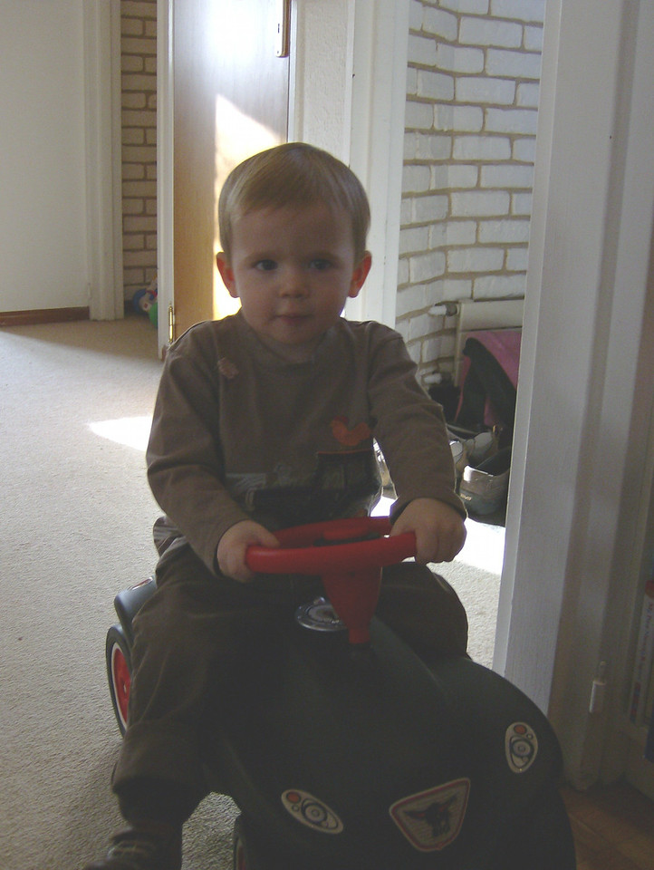 Findlay's turn to check-out the Bobby Car.