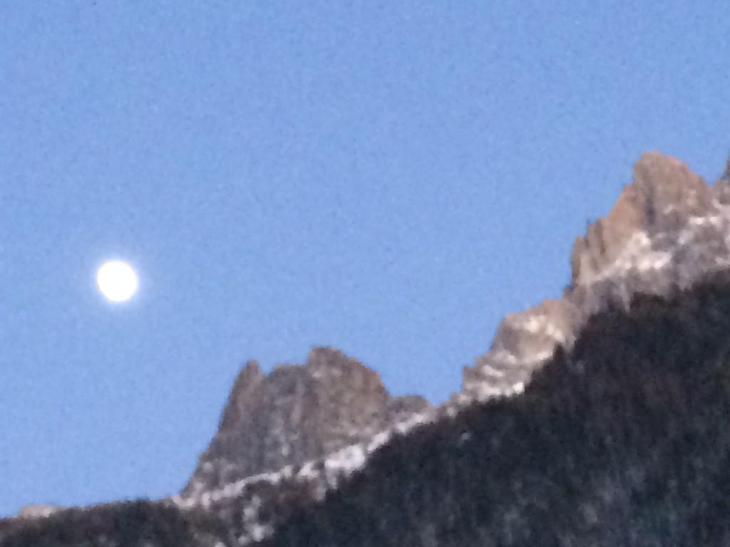 005 Chamonix Moon