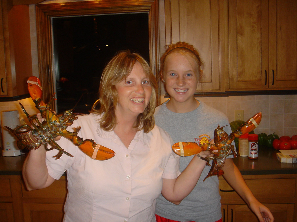 Karen & Sam with the Maine lobsters that were waiting for us when we arrived in Murphysboro.