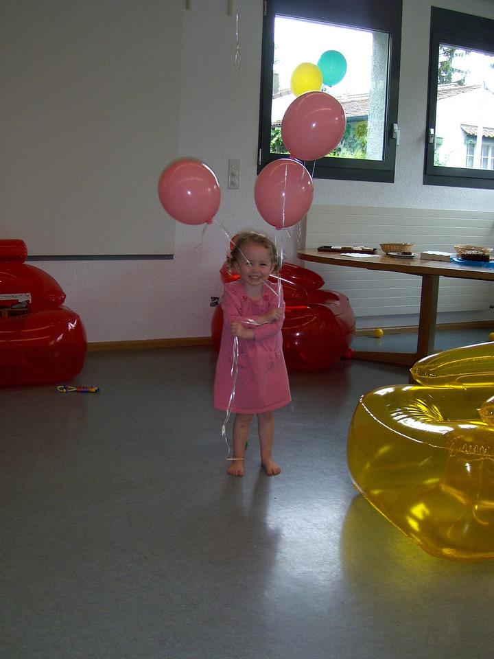 038 Sophia Enjoying her Pink Balloons