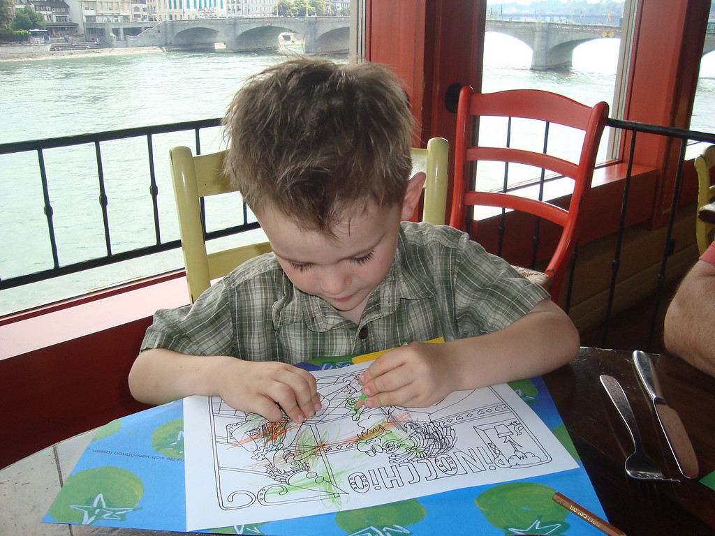 One of our favourite Saturday family mornings is to run some errands & then go to Picobello for lunch - Jack did a good job colouring in his picture