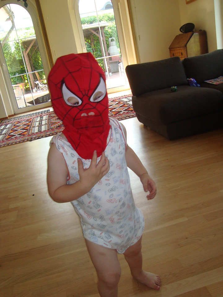 056 Baby spiderman