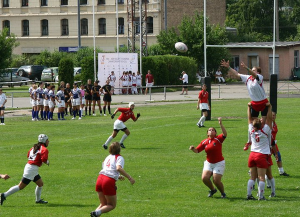 Throwing in to a line-out v. Bulgaria
