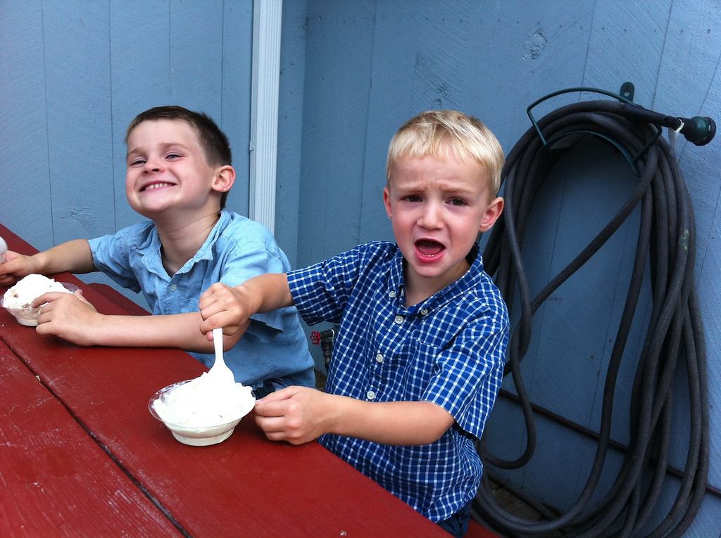 We then drove up to New Hampshire to spend July 4th with Amy's family & had ice-cream