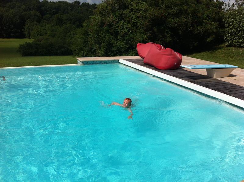 034 Swimming Dan