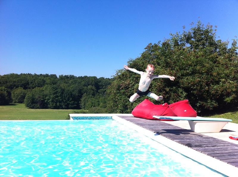 044 Jumping Dan