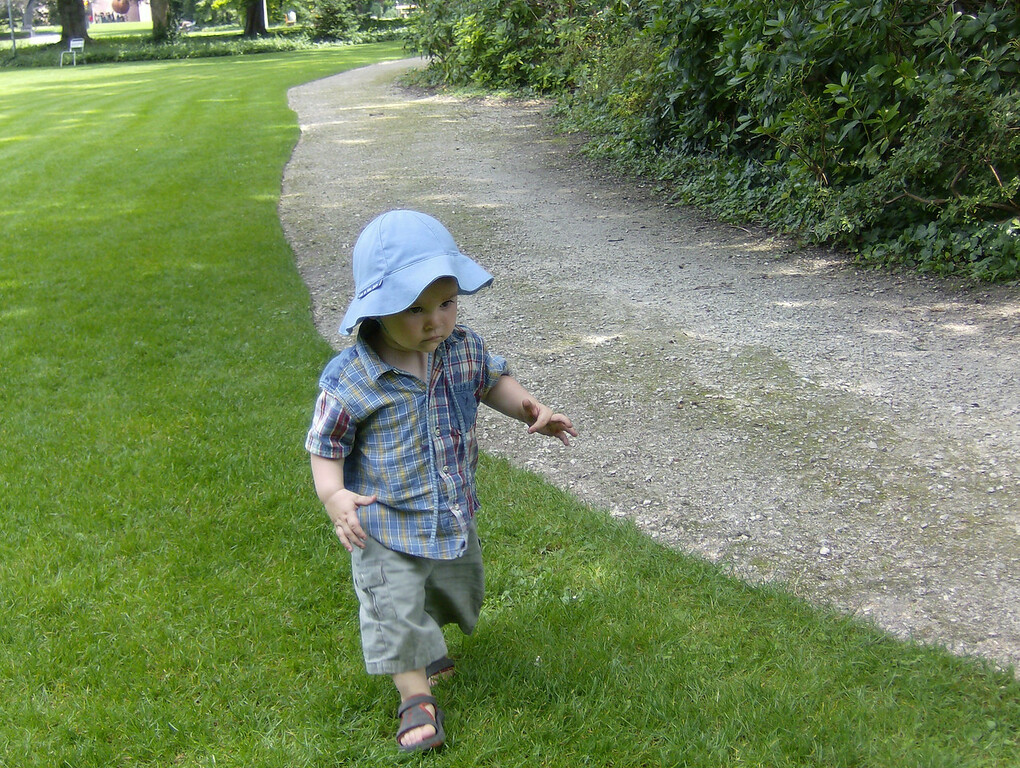 Jack striding around on some kind of mission, known only to himself!