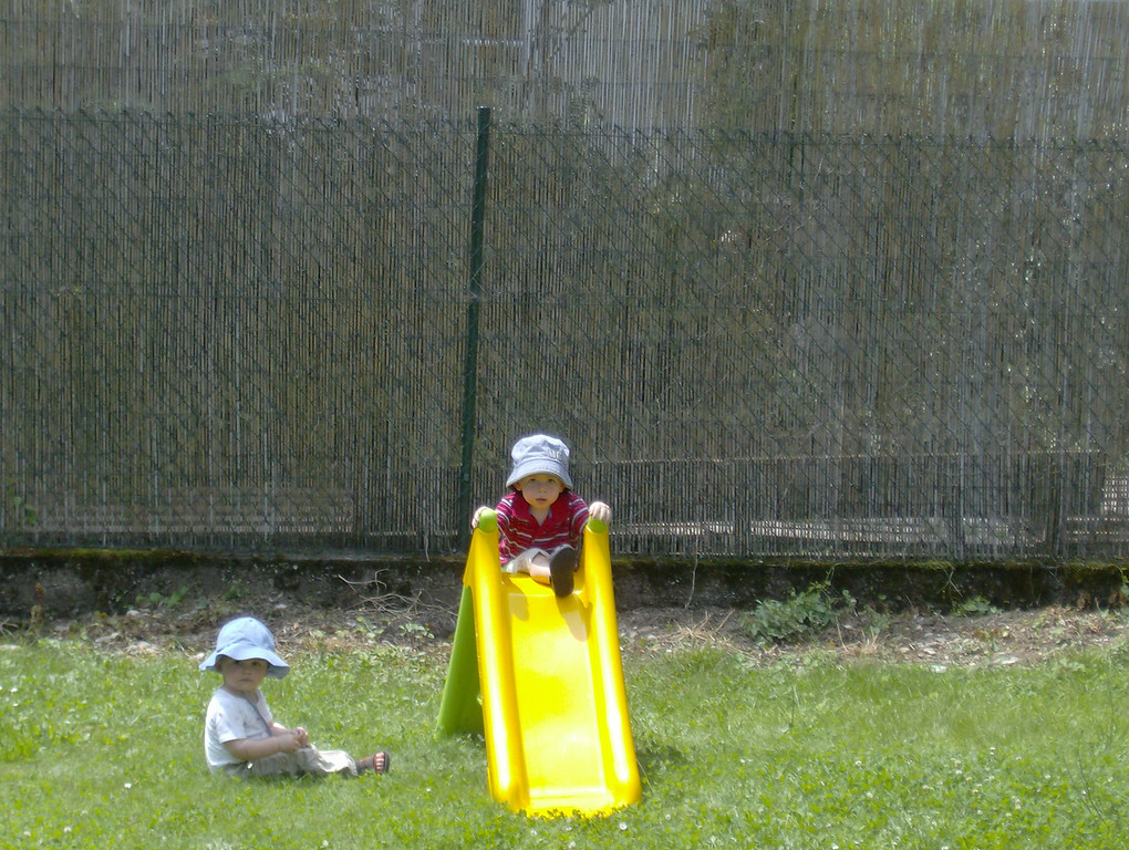 Jack & Findlay had a nice time playing on the slide together.