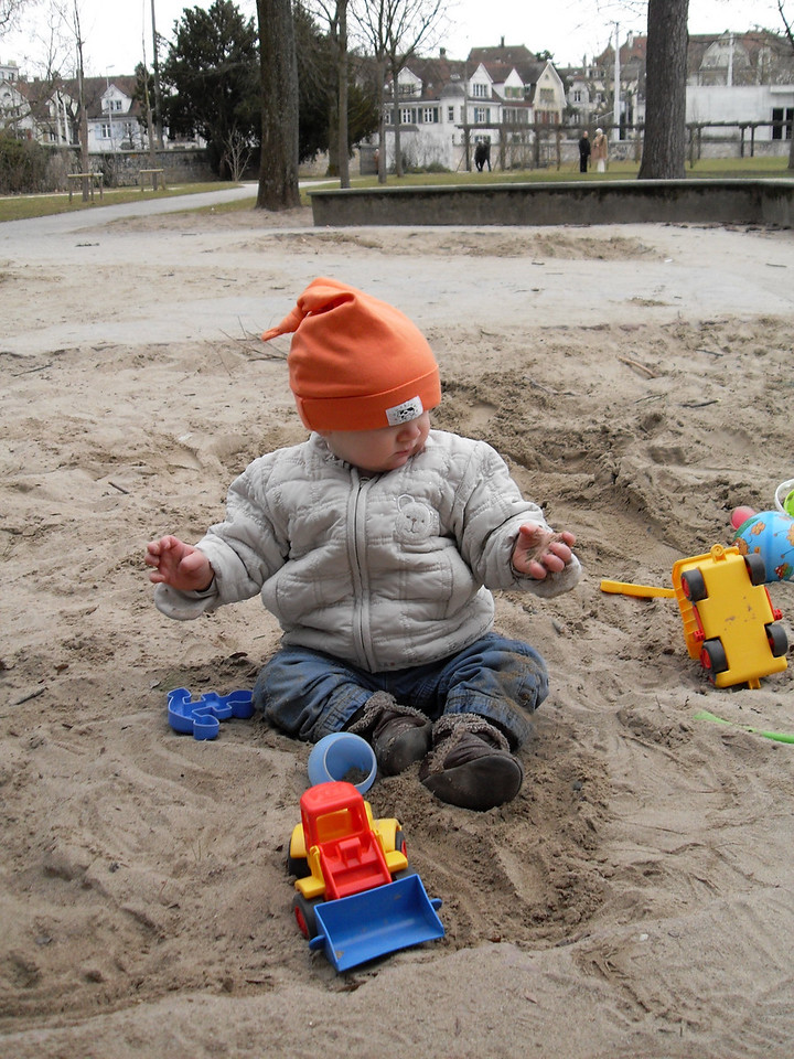022 1st Time in the Sandpit