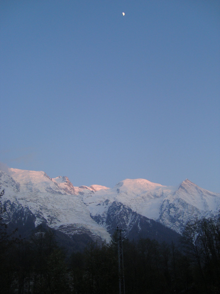 034 Moon over Mont Blanc
