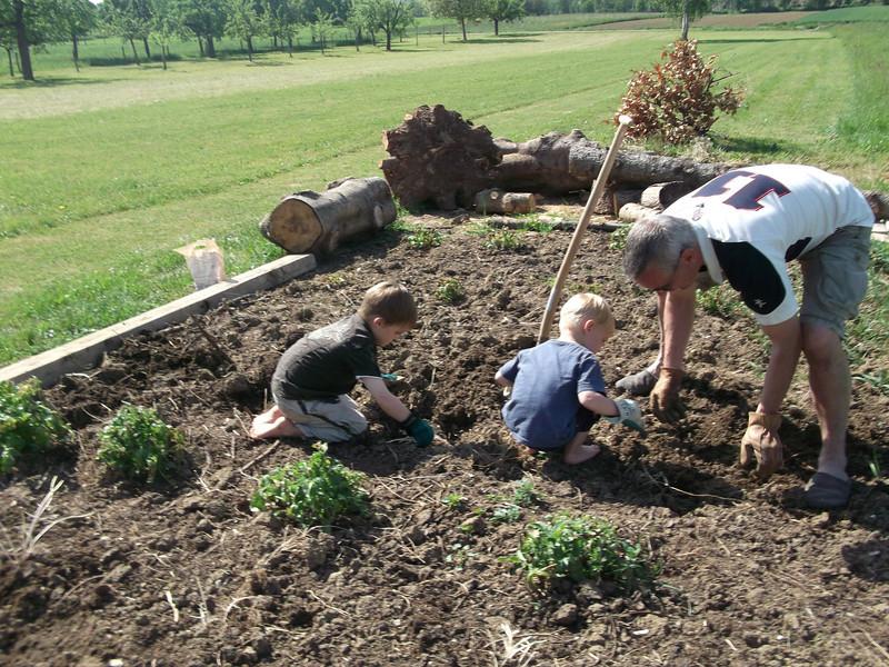 019 Gardening Team