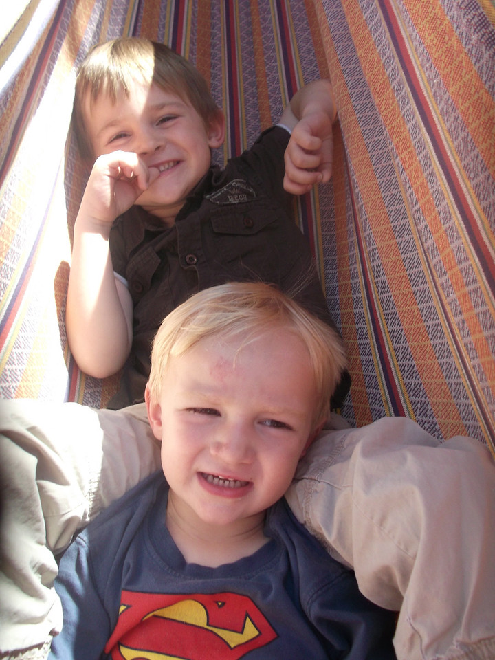 We spent a lovely Sunday afternoon at the Kendall's house - the boys enjoyed the hammock
