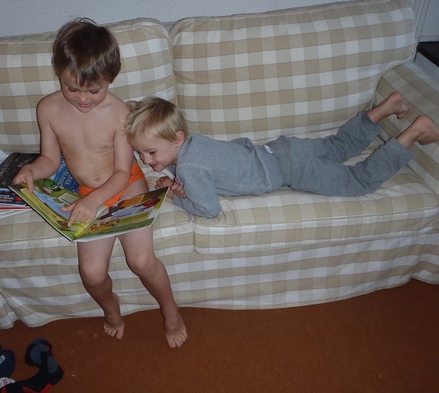 Jack reading the Ben 10 annual to Danny