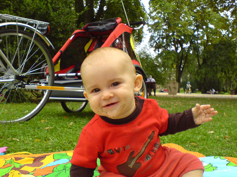 This is a picture that Charlotte took of Jack in Kannenfeldpark in September. What a mucky pup!