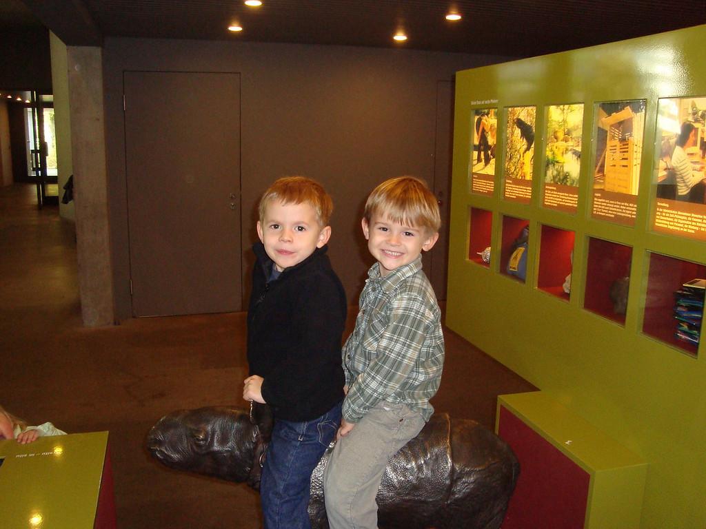 008 Findlay & Jack Ride the Rhino
