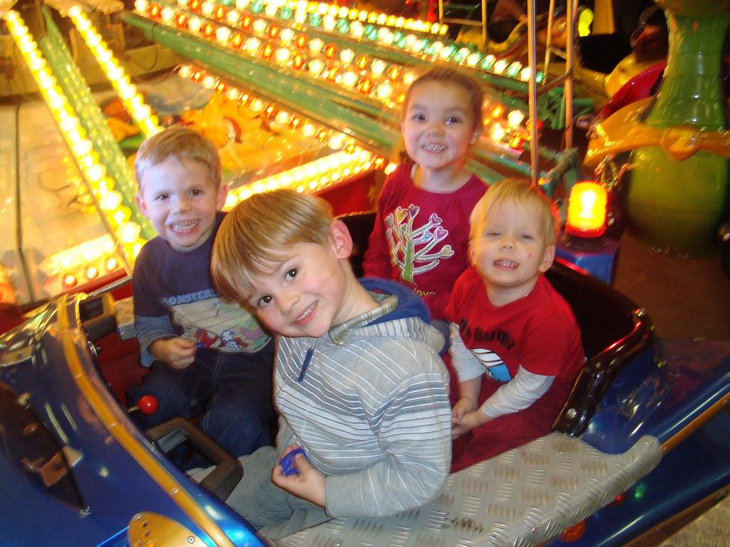 Findlay, Jack, Kaili & Jake enjoying Herbstmesse
