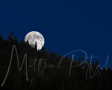 Moon Rise over Kings Canyon