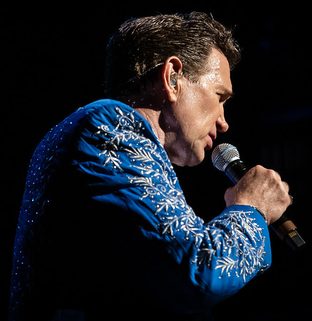 Chris Isaak 2019