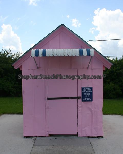 world's smallest post office