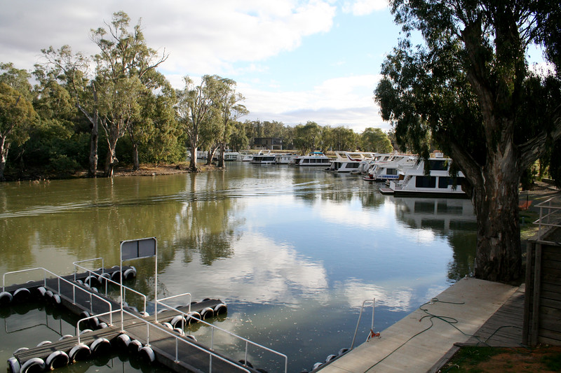 Echuca and surrounds by Darryl's Photography.