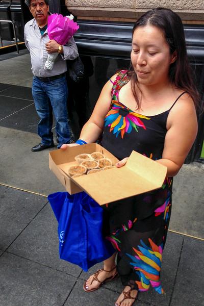 La Vegan Chica vegan baker, Los Angeles vegan sweets