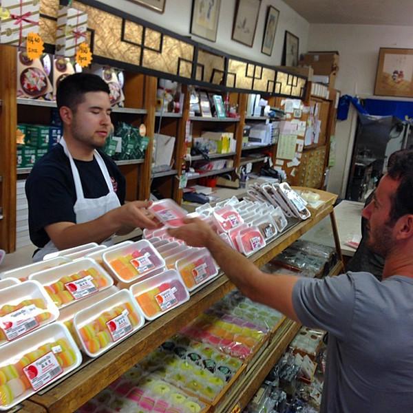 Fugetsu-Do Confections, Little Tokyo Los Angeles
