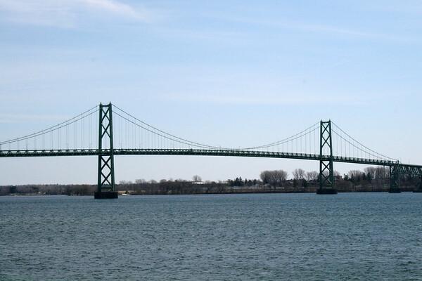 Bridge from Prescott, ON to Ogdensburg, NY.JPG