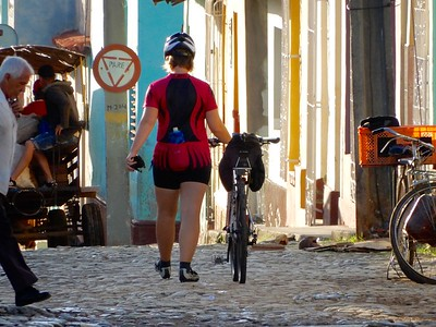 Bicycling Central Cuba