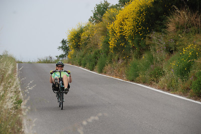 Elizabeth crests the hill on the way to Rome.