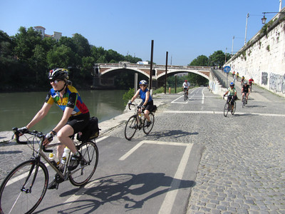 Leaving Rome on the bike path