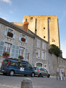 Day 1: The van has arrived in Beaugency ready for a tour!