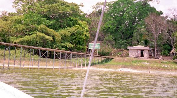 2001-4-17  Belize.Lamanai0012 Our Belize Vacation