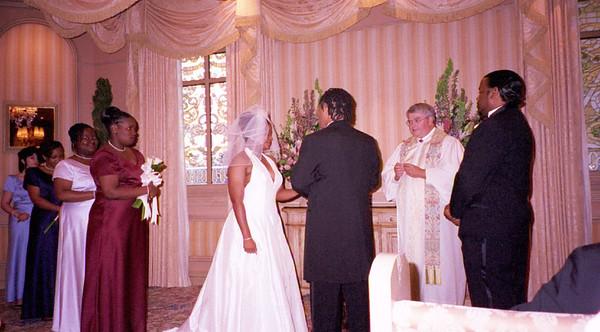 2001-6-8 Vegas Wedding 00035