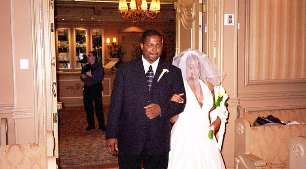 2001-6-8 Vegas Wedding 00031