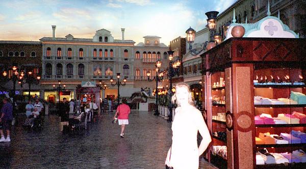 2001-6-8 Vegas Wedding 00039