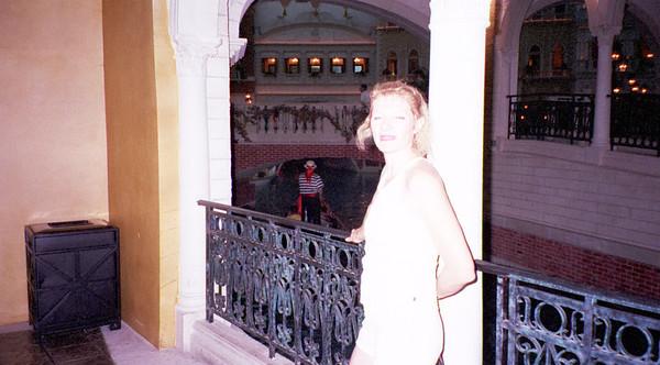 2001-6-8 Vegas Wedding 00034