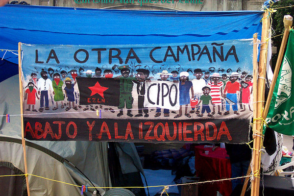 There were a variety of banners being displayed at the city center (zocalo)by demonstrators.