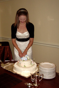 Cutting the cake - Washington, DC ... October 20, 2007