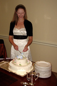 Emily's about to cut the cake - Washington, DC ... October 20, 2007