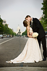 A big kiss on Pennsylvania Avenue - Washington, DC ... April 26, 2008 ... Photo by Holland Photo Arts