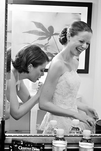 Big sis helping Emily get ready - Washington, DC ... April 26, 2008 ... Photo by Holland Photo Arts