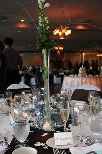 The tall centerpieces.